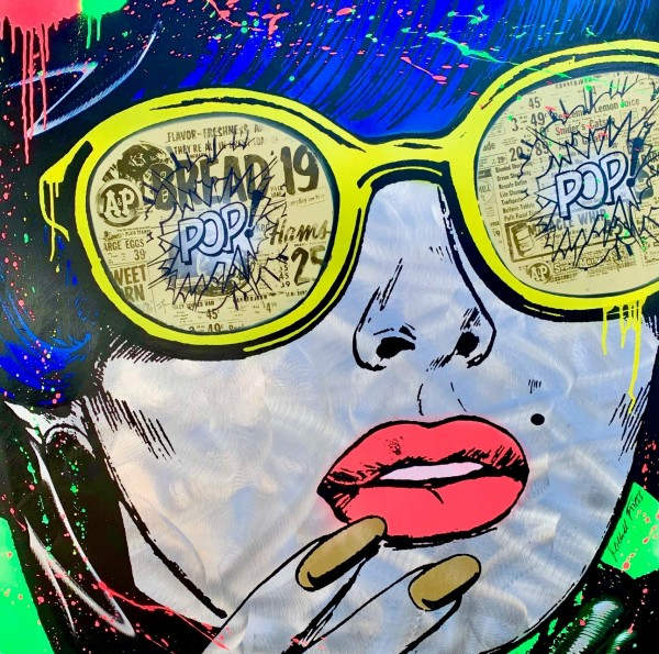POP ART WOMAN WITH GLASSES - MICHEL FRIESS - ALU